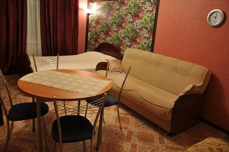 Сдается 2-комнатная квартира посуточно, Пушкина 5к2.