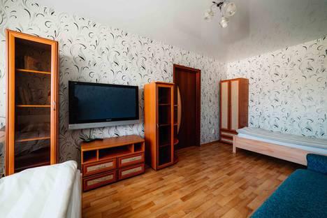 Сдается 1-комнатная квартира посуточнов Чебоксарах, ул. Ивана Франко, 7.