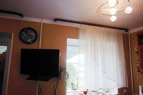 Сдается 1-комнатная квартира посуточно в Домбае, ул. Пихтовый мыс, 1.
