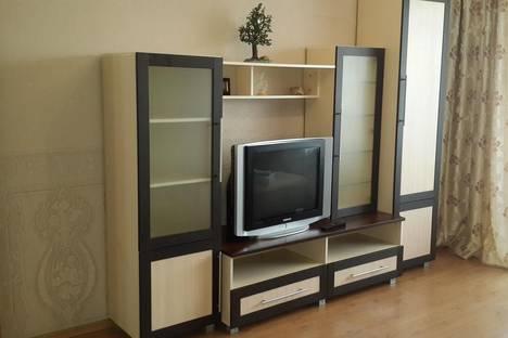 Сдается 2-комнатная квартира посуточно в Абакане, Некрасова 22б.