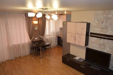 Сдается 2-комнатная квартира посуточнов Ижевске, имени Вадима Сивкова, 156.