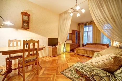 Сдается 1-комнатная квартира посуточно в Санкт-Петербурге, Лиговский проспект, 80.