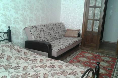 Сдается 1-комнатная квартира посуточно в Волгограде, Ул. Землячки, д. 50, ул.Симонова,д. 18х.