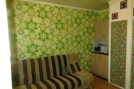 Сдается комната посуточнов Братске, Комсомольская,79.