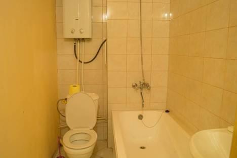 Сдается 1-комнатная квартира посуточнов Санкт-Петербурге, ул. Ропшинская, 5.
