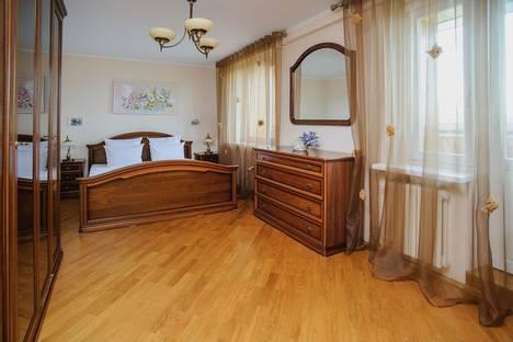 Сдается 3-комнатная квартира посуточно в Минске, ул.Куйбышева 69.
