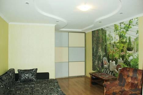 Сдается 1-комнатная квартира посуточнов Казани, Ямашева 79.