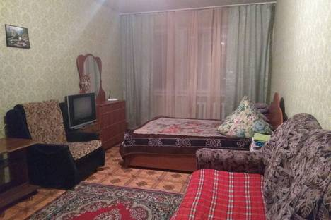 Сдается 1-комнатная квартира посуточно, 70 лет Октября 1.