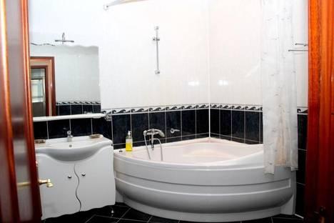 Сдается 3-комнатная квартира посуточно в Череповце, Сталеваров 51.