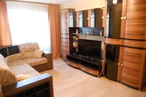 Сдается 2-комнатная квартира посуточно в Калуге, Глаголева д. 8.