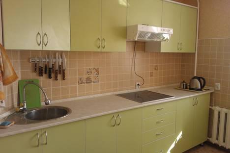 Сдается 2-комнатная квартира посуточно в Караганде, Ержанова 39а.