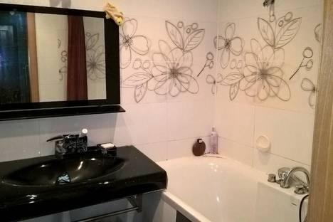Сдается 2-комнатная квартира посуточно в Хабаровске, ул. Дикопольцева, 10.
