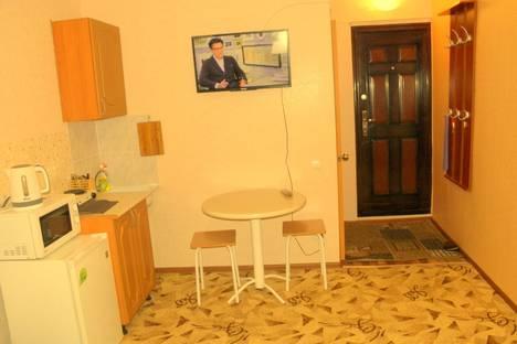 Сдается 1-комнатная квартира посуточно в Новосибирске, Геодезическая ул., 15/1.