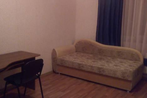 Сдается 2-комнатная квартира посуточно в Киришах, Ленинградская область,Волховская набережная, 48.