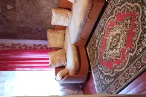 Сдается 3-комнатная квартира посуточнов Киришах, мира 15.