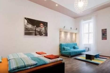 Сдается 1-комнатная квартира посуточнов Екатеринбурге, ул. Авиационная, 12.