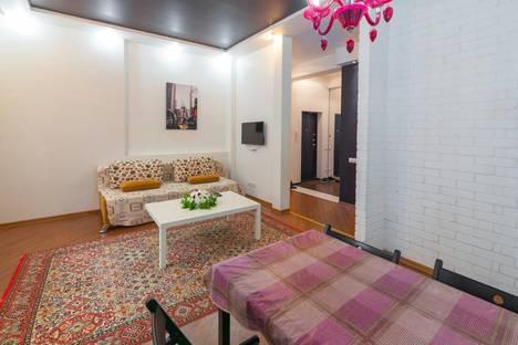 Сдается 2-комнатная квартира посуточно в Алматы, ул. Розыбакиева, 259.