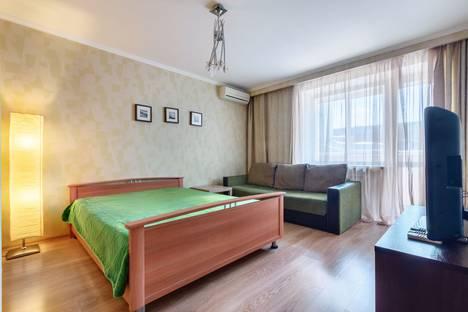 Сдается 1-комнатная квартира посуточно в Ростове-на-Дону, переулок Журавлева, 102.