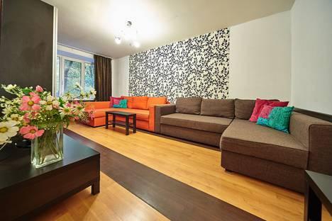 Сдается 2-комнатная квартира посуточнов Санкт-Петербурге, проспект Юрия Гагарина, 20 к.6.