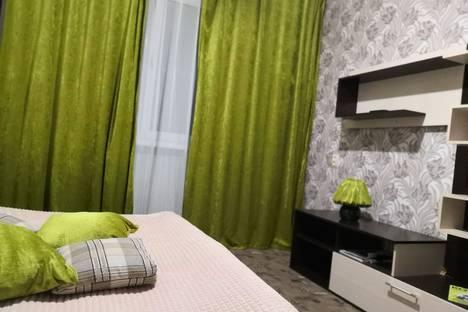 Сдается 3-комнатная квартира посуточно в Туле, ул. Луначарского, 67.