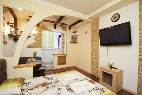 Сдается 1-комнатная квартира посуточно в Сургуте, ул. Университетская, 31.