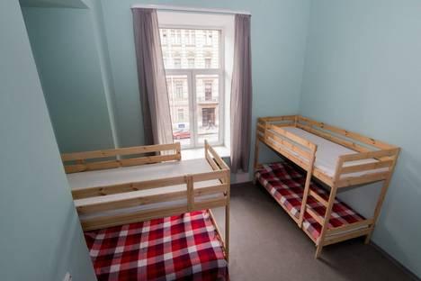 Сдается комната посуточнов Санкт-Петербурге, ул. Галерная д40.