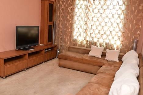 Сдается 2-комнатная квартира посуточно в Караганде, Бухар - Жырау, 38.