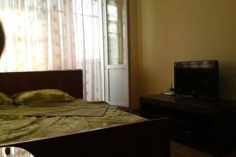 Сдается 1-комнатная квартира посуточнов Тюмени, ул. Радищева, 27.