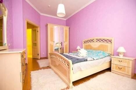 Сдается 2-комнатная квартира посуточнов Прокопьевске, проспект Кузнецкстроевский, 9.
