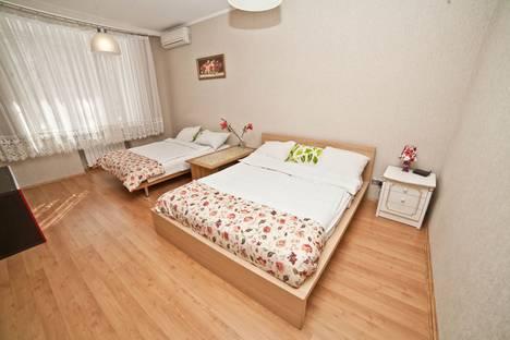 Сдается 1-комнатная квартира посуточнов Екатеринбурге, Ленина, 51.