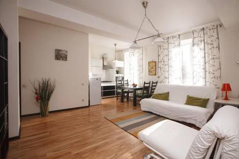 Сдается 1-комнатная квартира посуточнов Екатеринбурге, Луначарского 130.