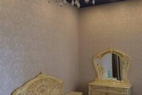 Сдается 3-комнатная квартира посуточнов Челябинске, ул. Свободы, 163.