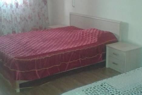 Сдается 2-комнатная квартира посуточно в Атырау, проспект Сатпаева, 8.