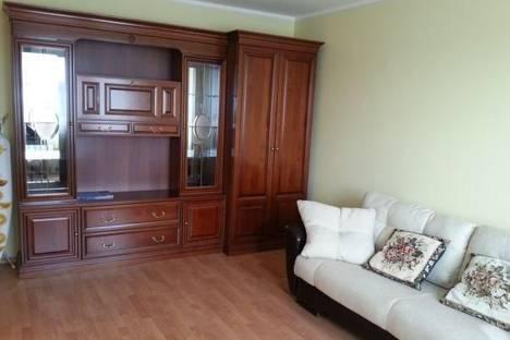 Сдается 1-комнатная квартира посуточнов Челябинске, ул. Монакова, 33.