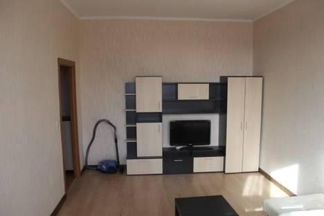Сдается 2-комнатная квартира посуточнов Челябинске, ул. Молодогвардейцев, 39в.