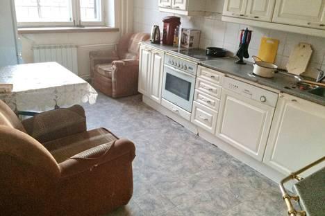 Сдается 4-комнатная квартира посуточно в Иркутске, Гоголя, 71.