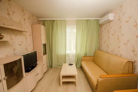 Сдается 1-комнатная квартира посуточно, Ленинский проспект, 124б.