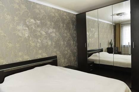 Сдается 3-комнатная квартира посуточно в Караганде, Алиханова, 38\3.