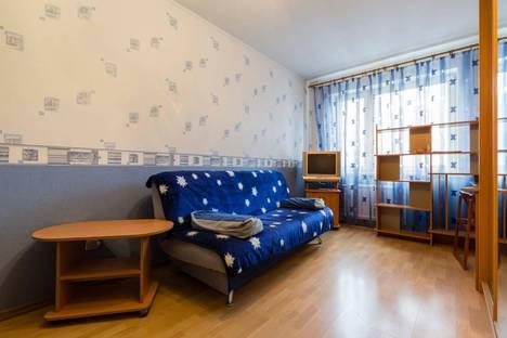 Сдается 1-комнатная квартира посуточнов Санкт-Петербурге, проспект Королева, дом 43.