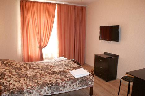 Сдается 1-комнатная квартира посуточнов Санкт-Петербурге, ул. Боровая,  13.
