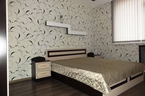Сдается 2-комнатная квартира посуточно в Оренбурге, проспект Гагарина, 21/7.