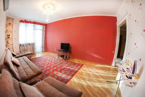 Сдается 2-комнатная квартира посуточнов Алматы, Хусаинова 225.