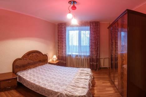 Сдается 2-комнатная квартира посуточно в Казани, Мусина, 68А.