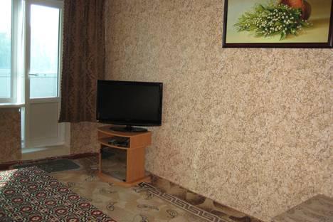 Сдается 2-комнатная квартира посуточно в Керчи, ул. Всесоюзная д.5.
