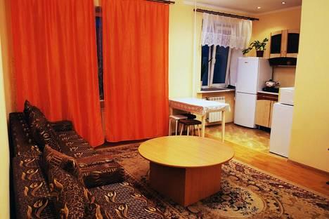 Сдается 2-комнатная квартира посуточнов Тюмени, ул. Мельникайте 96.