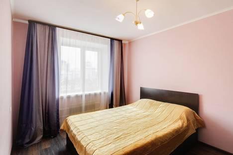 Сдается 2-комнатная квартира посуточно в Орле, бульвар Победы, 7А.