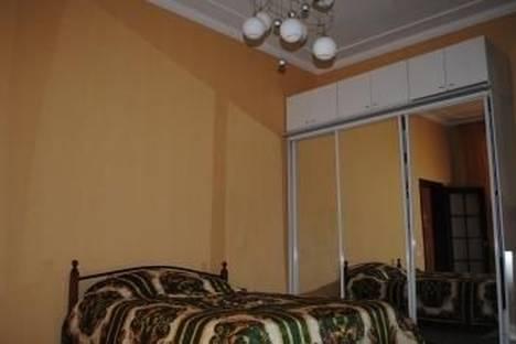 Сдается 2-комнатная квартира посуточно в Одессе, ул. Елисаветинская, 13.