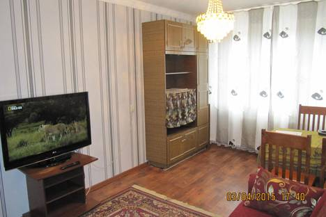 Сдается 3-комнатная квартира посуточно, Лакина , 129-Б.