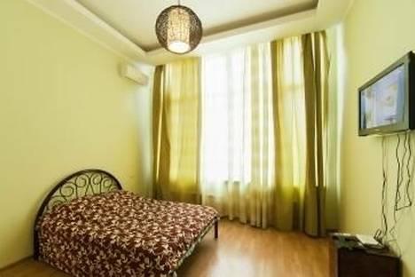 Сдается 1-комнатная квартира посуточно в Одессе, ул. Литературная, 12а.