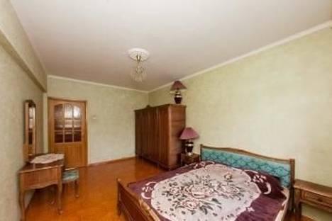 Сдается 4-комнатная квартира посуточно в Одессе, ул. Фонтанская дорога, 55а.